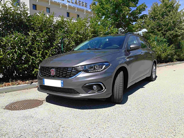 fiat tipo station wagon ville la grand 1356845370 rent 39 alp. Black Bedroom Furniture Sets. Home Design Ideas