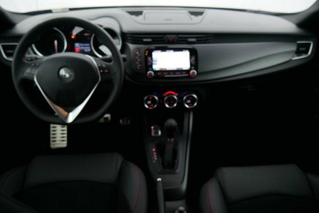 annonce ALFA ROMEO GIULIETTA 2.0 JTDm 175 ch S S TCT Lusso neuf Brest Bretagne