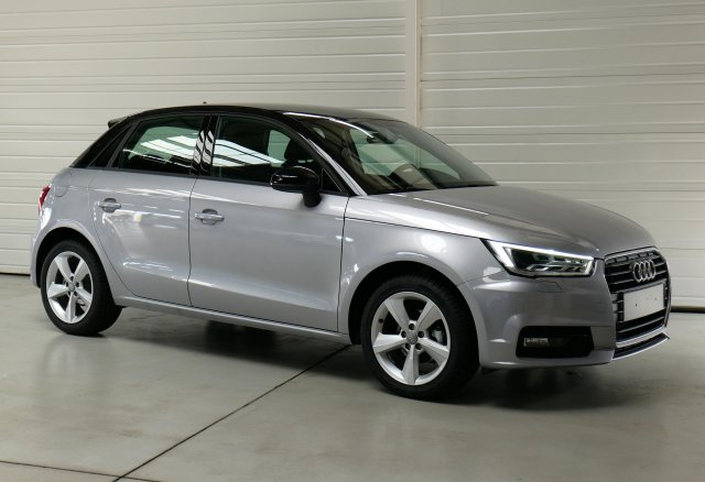 audi a1 sportback neuf brest 1 4 tdi 90 ambiente bleu utopia toit noir finist re bretagne. Black Bedroom Furniture Sets. Home Design Ideas