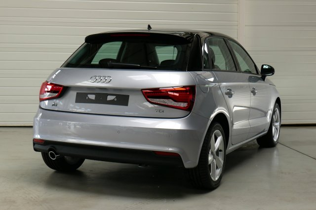 audi a1 sportback neuf brest 1 4 tdi 90 ambiente gris nano toit argent f finist re bretagne. Black Bedroom Furniture Sets. Home Design Ideas