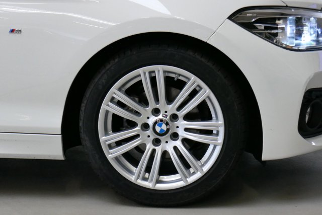 annonce BMW SERIE 1 118d 150 ch M Sport A occasion Brest Bretagne