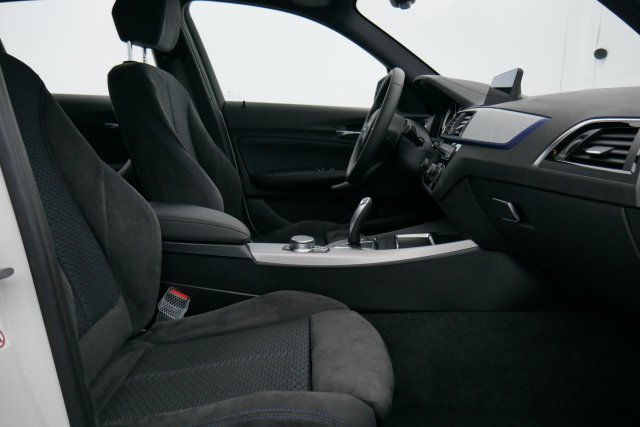 annonce BMW SERIE 1 120d 190 ch BVA8 M Sport neuf Brest Bretagne