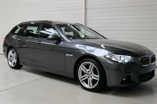 photo BMW SERIE 5 TOURING 520d 190 ch M Sport A