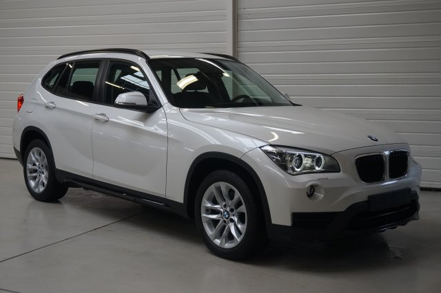 bmw x1 e84 lci 2 occasion brest xdrive 18d 143 ch sport mineralweiss finist re bretagne. Black Bedroom Furniture Sets. Home Design Ideas