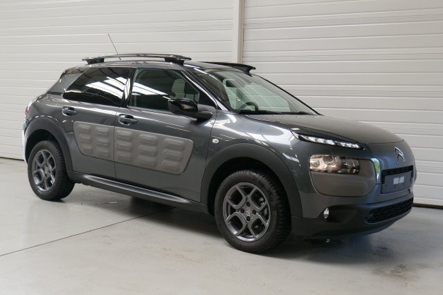 citroen c4 cactus occasion brest bluehdi 100 s s shine etg6 gris shark finist re bretagne. Black Bedroom Furniture Sets. Home Design Ideas