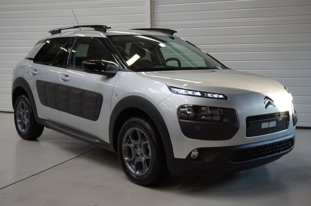citroen c4 cactus occasion brest bluehdi 100 shine gris aluminium finist re bretagne. Black Bedroom Furniture Sets. Home Design Ideas