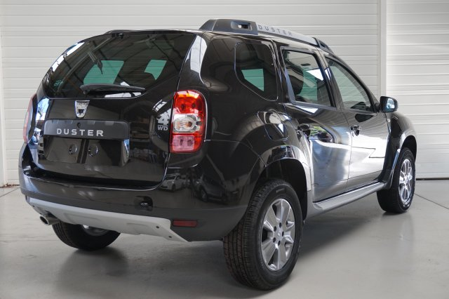dacia duster neuf brest tce 125 4x4 laureate euro6. Black Bedroom Furniture Sets. Home Design Ideas