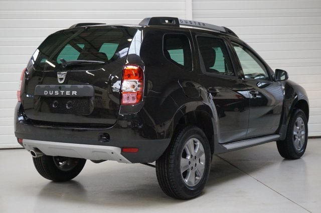 dacia duster nouveau neuf brest 1 5 dci 110 4x4 laur ate gris com te finist re bretagne. Black Bedroom Furniture Sets. Home Design Ideas