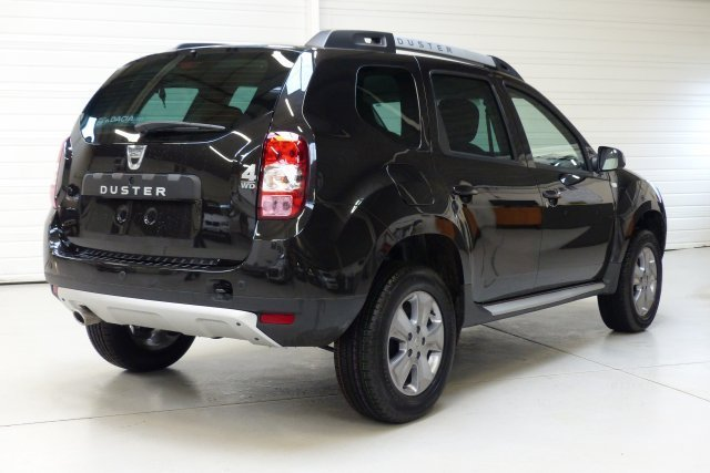dacia duster 15 dci 110 4x4 prestige dacia duster 15 autos weblog. Black Bedroom Furniture Sets. Home Design Ideas