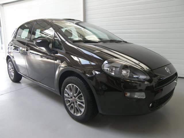 fiat punto 2012 13 multijet 16v 95 s s lounge 5p car. Black Bedroom Furniture Sets. Home Design Ideas