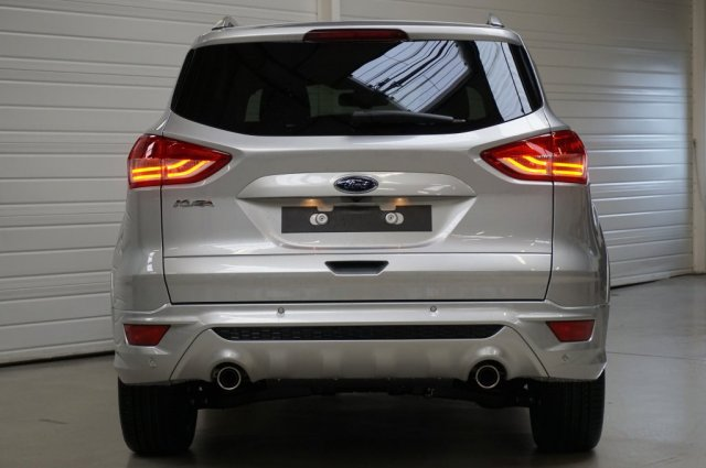 ford kuga neuf brest 2 0 tdci 180 s s 4x4 sport platinium powershift a blanc glacier. Black Bedroom Furniture Sets. Home Design Ideas