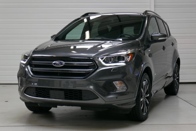 annonce FORD KUGA 2.0 TDCi 180 S S 4x4 Powershift ST-Line neuf Brest Bretagne
