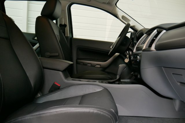 annonce FORD RANGER DOUBLE CABINE 2.2 TDCi 160 STOP START 4X4 LIMITED neuf Brest Bretagne
