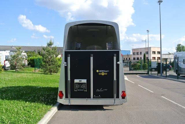 van 2 places