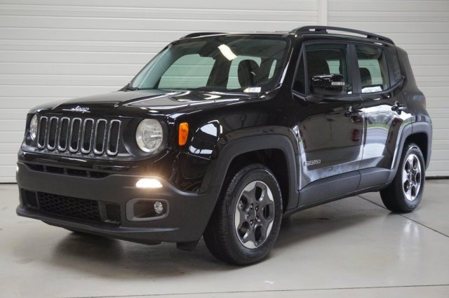 jeep renegade neuf brest 1 6 i multijet s s 120 ch longitude alpine white finist re bretagne. Black Bedroom Furniture Sets. Home Design Ideas