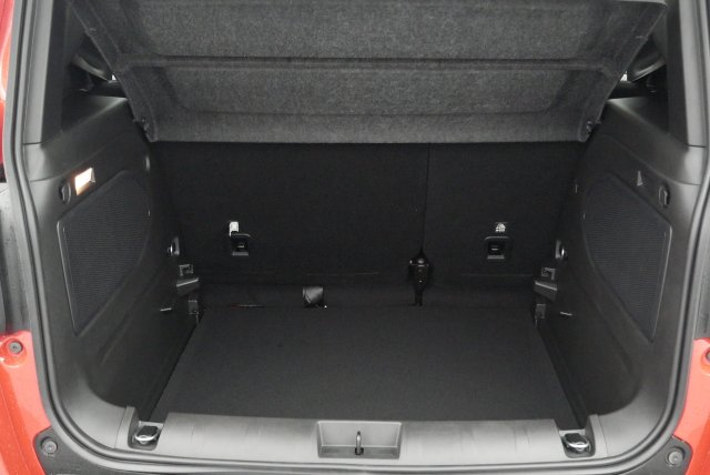 annonce JEEP RENEGADE 1.6 L MULTIJET 120 CH BVM6 LONGITUDE neuf Brest Bretagne