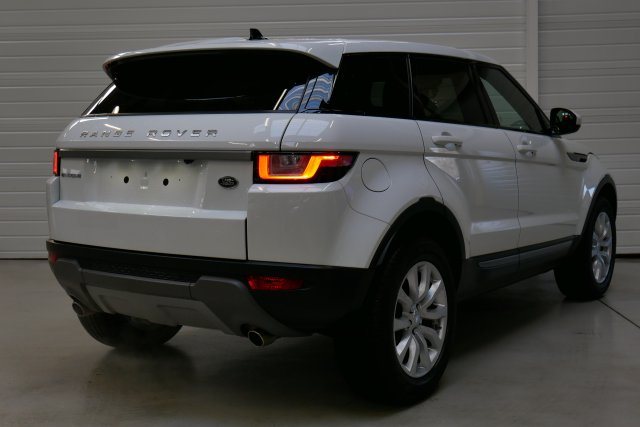 land rover range rover evoque neuf brest mark iv td4 150 se a blanc fuji toit noir. Black Bedroom Furniture Sets. Home Design Ideas