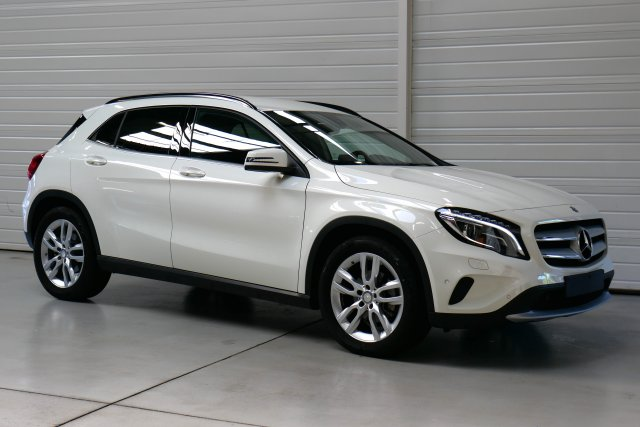 mercedes classe gla occasion brest 220 d inspiration 7 g dct a blanc cirrus finist re bretagne. Black Bedroom Furniture Sets. Home Design Ideas