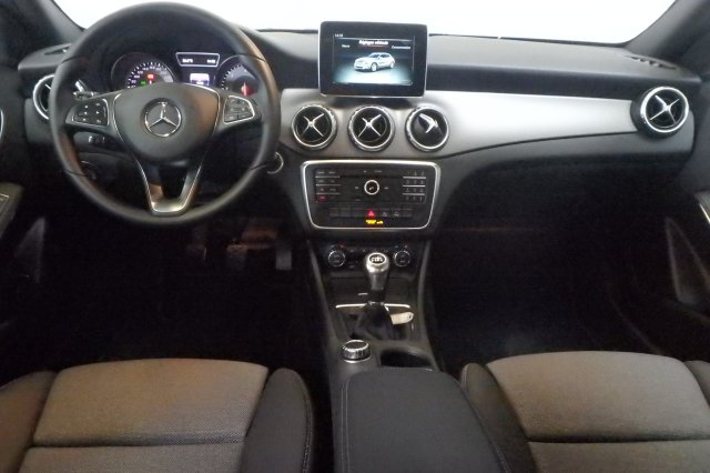 mercedes classe gla occasion brest 200 d inspiration noir cosmos finist re bretagne. Black Bedroom Furniture Sets. Home Design Ideas
