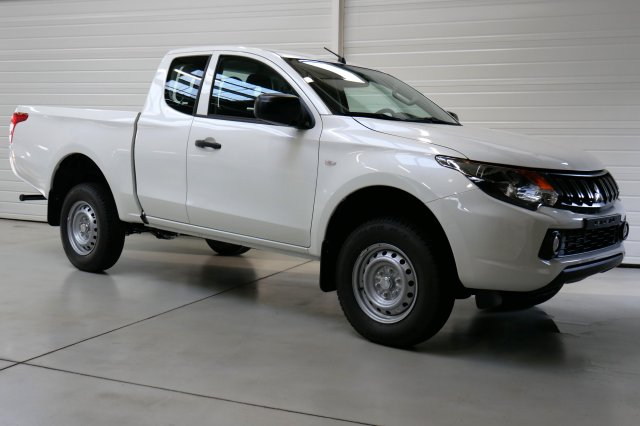 photo MITSUBISHI L200 club cab
