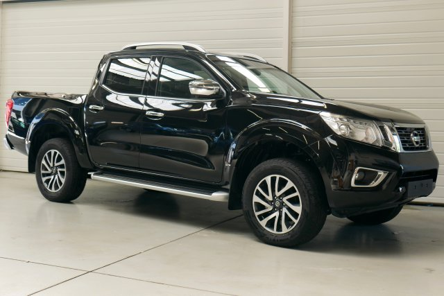 nissan np300 navara neuf brest 2 3 dci 190 double cab. Black Bedroom Furniture Sets. Home Design Ideas