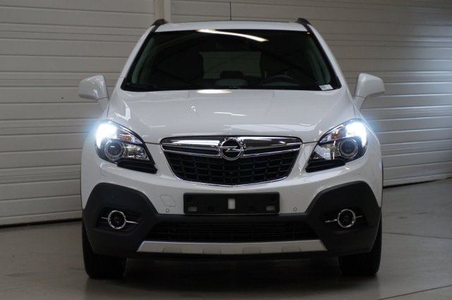 opel mokka occasion brest 1 6 cdti 136 ch fap 4x4 start stop cosmo pack blanc glacier. Black Bedroom Furniture Sets. Home Design Ideas