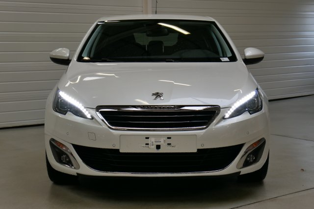 photo PEUGEOT 308 1.6 BlueHDi 120ch S S EAT6 Allure