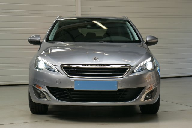 photo PEUGEOT 308 SW 1.6 BlueHDi 120ch S S BVM6 Allure