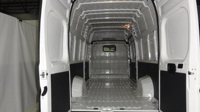 annonce PEUGEOT BOXER TOLE 435 L4H3 2.0 BLUEHDI 160 S S PREMIUM neuf Brest Bretagne