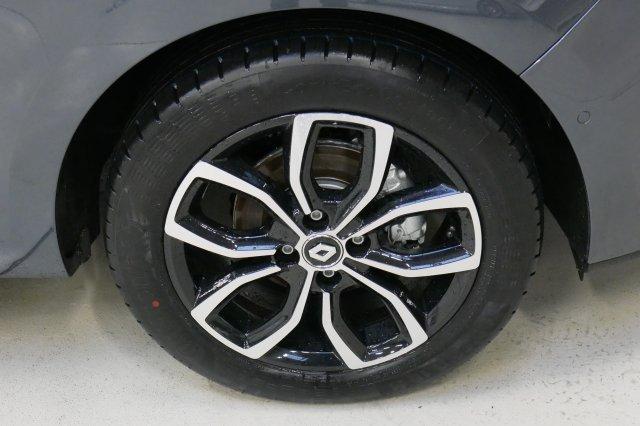 Photo véhicule 1 RENAULT Clio iv nouvelle DCI 90 ENERGY INTENS EDC