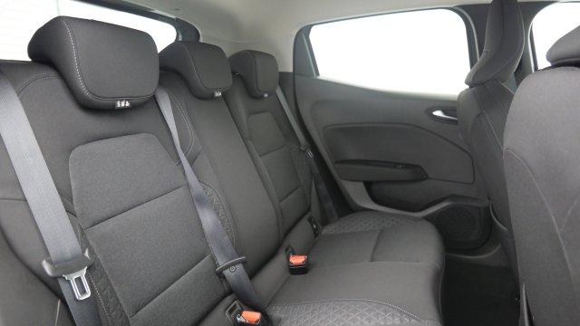Photo véhicule 1 RENAULT Clio v BLUE DCI 85 ZEN