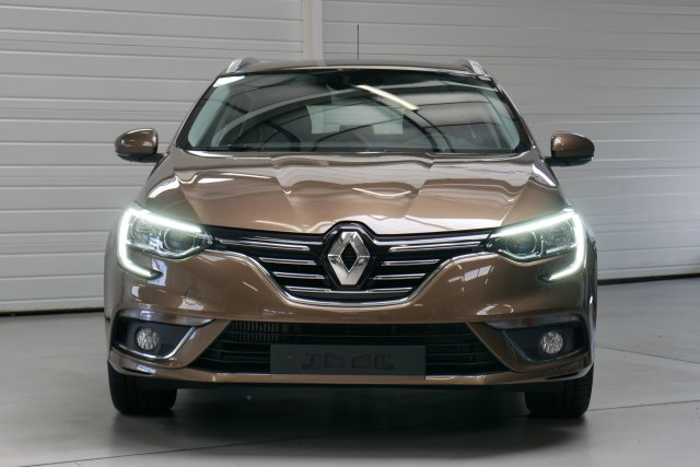 renault megane iv estate neuf brest dci 110 energy intens gris titanium finist re bretagne. Black Bedroom Furniture Sets. Home Design Ideas