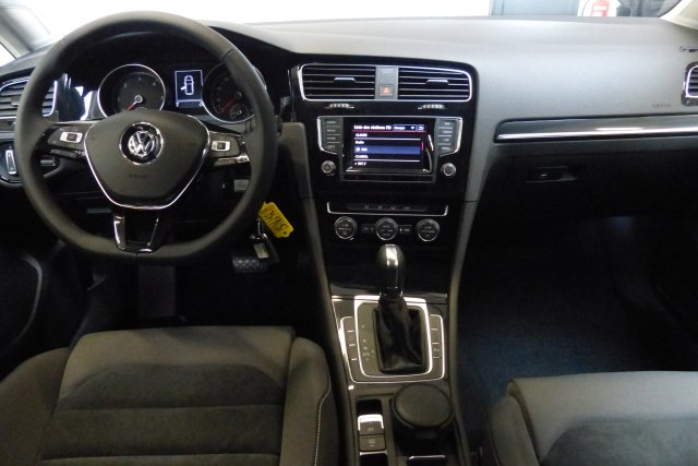 volkswagen golf vii 16 tdi 105 bluemotion technology fap. Black Bedroom Furniture Sets. Home Design Ideas
