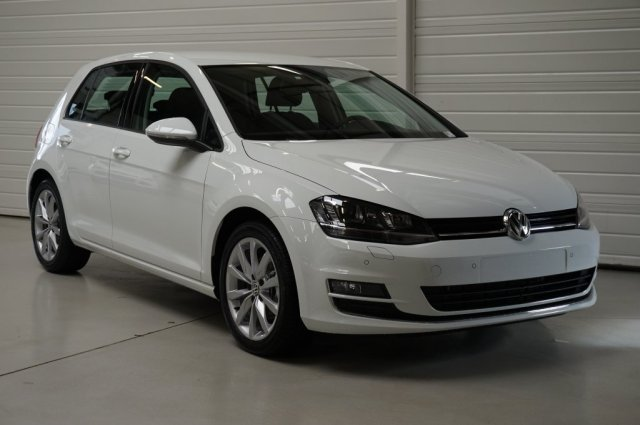 volkswagen golf vii neuf brest 1 4 tsi 150 act bluemotion technology carat dsg7 blanc pur. Black Bedroom Furniture Sets. Home Design Ideas