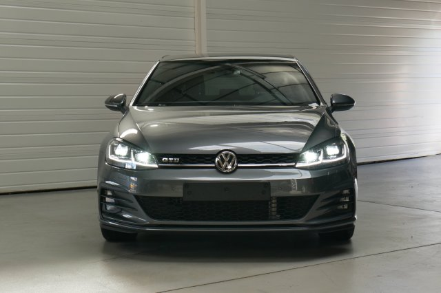 volkswagen golf vii occasion brest 2 0 tdi 184 bluemotion technology fap gtd gris indium. Black Bedroom Furniture Sets. Home Design Ideas