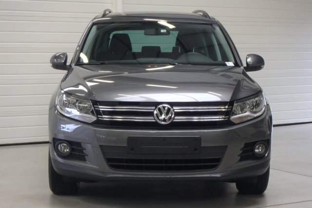 volkswagen tiguan occasion brest 2 0 tdi 150 fap bluemotion technology sportline 4motion. Black Bedroom Furniture Sets. Home Design Ideas