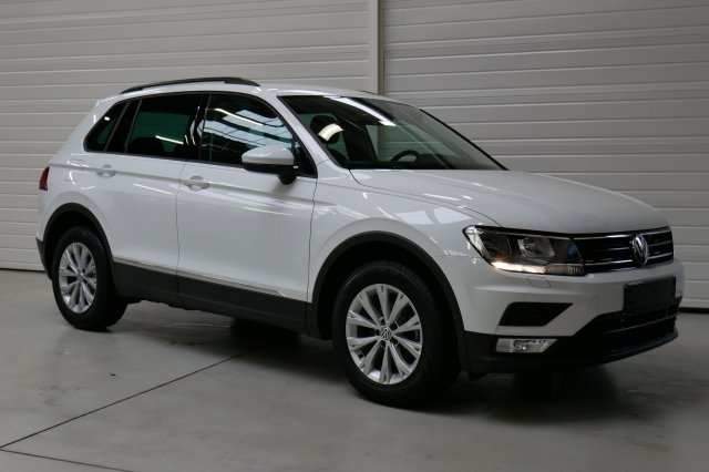 volkswagen tiguan nouveau occasion brest 2 0 tdi 150 bmt trendline blanc pur finist re bretagne. Black Bedroom Furniture Sets. Home Design Ideas
