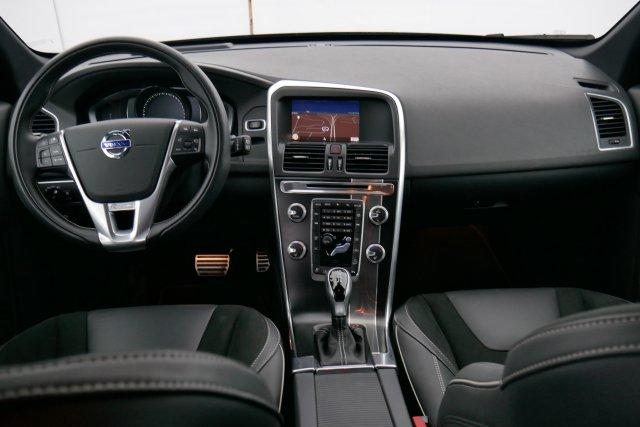 annonce VOLVO XC60 D5 AWD 220 ch R-Design Geartronic A occasion Brest Bretagne